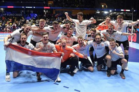 Aalsmeerse handballers happy in oranje